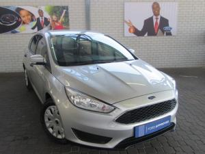 Ford Focus hatch 1.0T Ambiente auto - Image 1