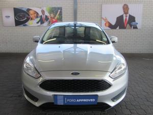 Ford Focus hatch 1.0T Ambiente auto - Image 2