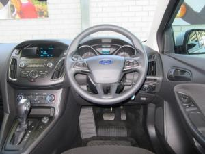 Ford Focus hatch 1.0T Ambiente auto - Image 8