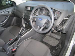 Ford Focus hatch 1.0T Ambiente auto - Image 9