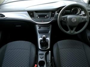 Opel Astra 1.0T Essentia - Image 7