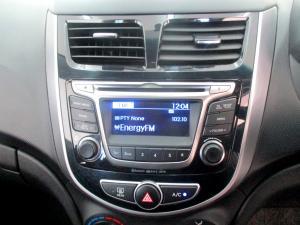 Hyundai Accent 1.6 Fluid 5-Door - Image 18