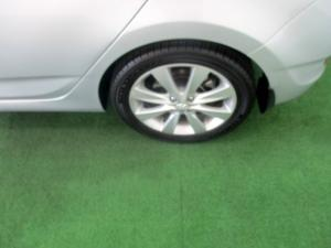 Hyundai Accent 1.6 Fluid 5-Door - Image 25
