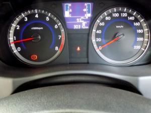 Hyundai Accent 1.6 Fluid 5-Door - Image 15