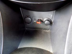 Hyundai Accent 1.6 Fluid 5-Door - Image 21