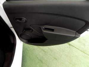 Renault Sandero 900 T Expression - Image 17