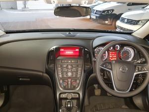 Opel Astra 1.6 Essentia - Image 11