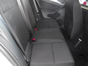 Volkswagen Golf VII 1.0 TSI Trendline - Image 11