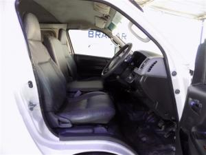 Toyota Quantum 2.7 panel van - Image 4