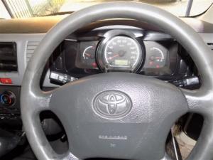 Toyota Quantum 2.7 panel van - Image 5