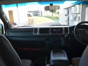 Toyota Quantum 2.5D-4D GL 10-seater bus - Image 7