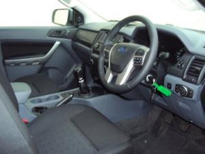Ford Ranger 3.2TDCi XLS 4X4S/C - Image 9