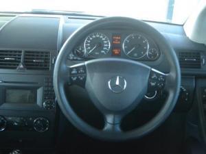 Mercedes-Benz A 180 Classic automatic - Image 8
