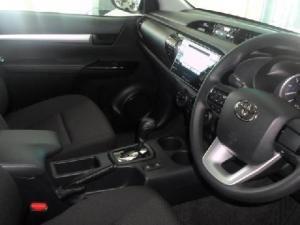 Toyota Hilux 2.4 GD-6 SRXD/C 4X4 automatic - Image 8