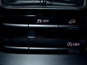 Audi Q5 2.0 TDI S Quattro - Image 28