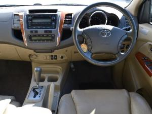 Toyota Fortuner 3.0D-4D automatic - Image 5
