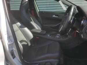 Mercedes-Benz AMG A45 4MATIC - Image 17