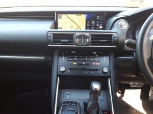 Lexus IS 350 F Sport - Image 7