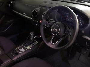 Audi A3 2.0 TDI Stronic - Image 4