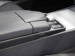 Mercedes-Benz E-Class E400 coupe - Image 10