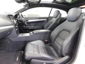Mercedes-Benz E-Class E400 coupe - Image 18