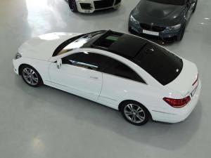 Mercedes-Benz E-Class E400 coupe - Image 20