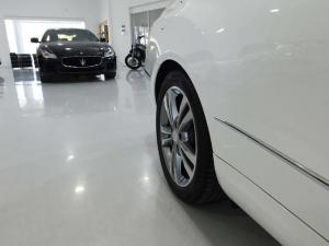 Mercedes-Benz E-Class E400 coupe - Image 7