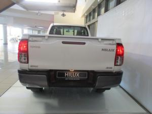 Toyota Hilux 2.4GD-6 4x4 SRX auto - Image 4