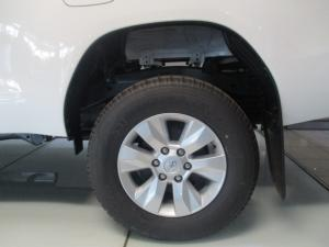 Toyota Hilux 2.4GD-6 4x4 SRX auto - Image 7