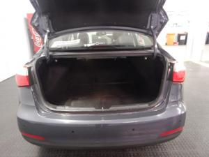 Kia Cerato sedan 2.0 EX - Image 5