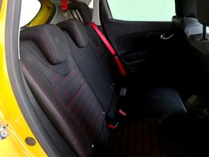Renault Clio IV 1.6 RS 200 EDC CUP - Image 23