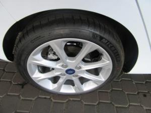 Ford Fiesta 1.0T Titanium - Image 12