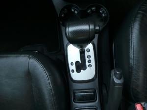 Kia Sportage 2.0 automatic - Image 11