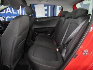 Hyundai i20 1.6 GLS - Image 10