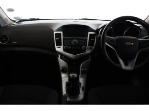 Chevrolet Cruze sedan 1.4T LS - Image 6