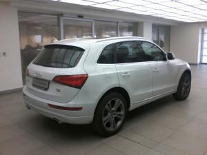 Audi Q5 2.0 Tfsi SE Quattro TIP - Image 4