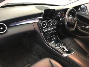 Mercedes-Benz C180 Exclusive automatic - Image 11