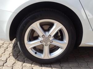 Audi A4 1.8T SE Multitronic - Image 13