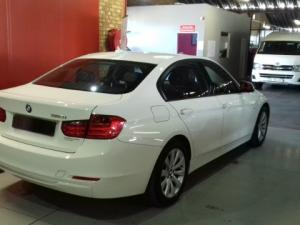 BMW 320i Modern Line automatic - Image 5
