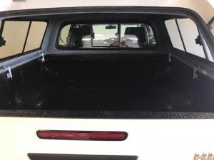 Toyota Hilux 2.4 GD-6 SRXD/C 4X4 automatic - Image 5