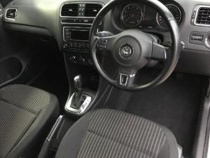 Volkswagen Polo sedan 1.6 Comfortline auto - Image 5