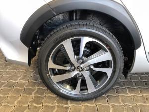 Toyota Yaris 1.5 Cross - Image 18