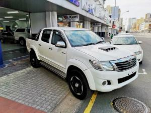 Toyota Hilux 3.0D-4D double cab 4x4 Raider - Image 1