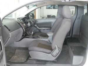 Ford Ranger 3.2 SuperCab Hi-Rider XLS - Image 11