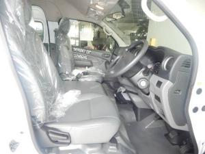 Nissan NV350 Impendulo 2.5i - Image 12