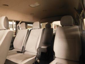 Toyota Quantum 2.7 10 Seat - Image 16