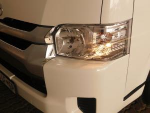 Toyota Quantum 2.7 10 Seat - Image 18