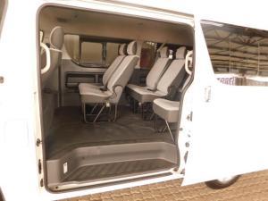 Toyota Quantum 2.7 10 Seat - Image 23