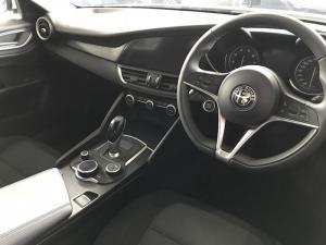 Alfa Romeo Giulia 2.0T Super - Image 7