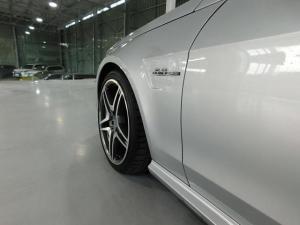 Mercedes-Benz E-Class E63 AMG - Image 18